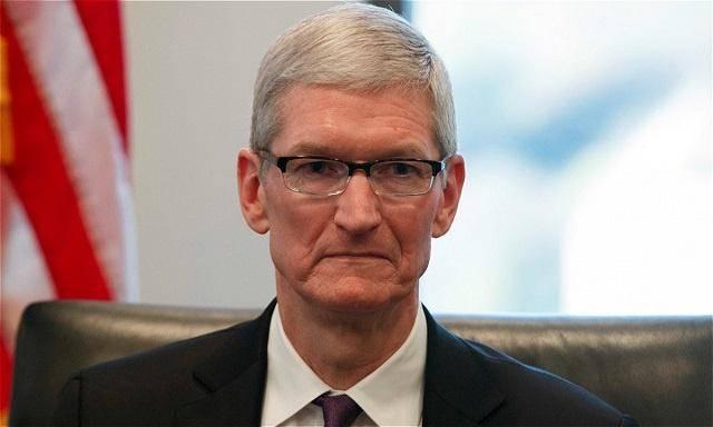 原创            从7899元跌至4799元,库克手下留情,旧款高价iPhone仍然加速退场