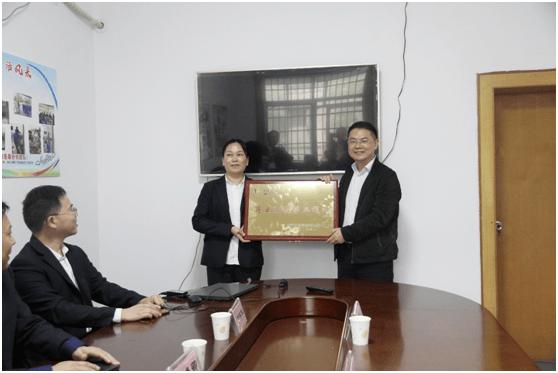 中国石化湖南石油第一技师站正式挂牌