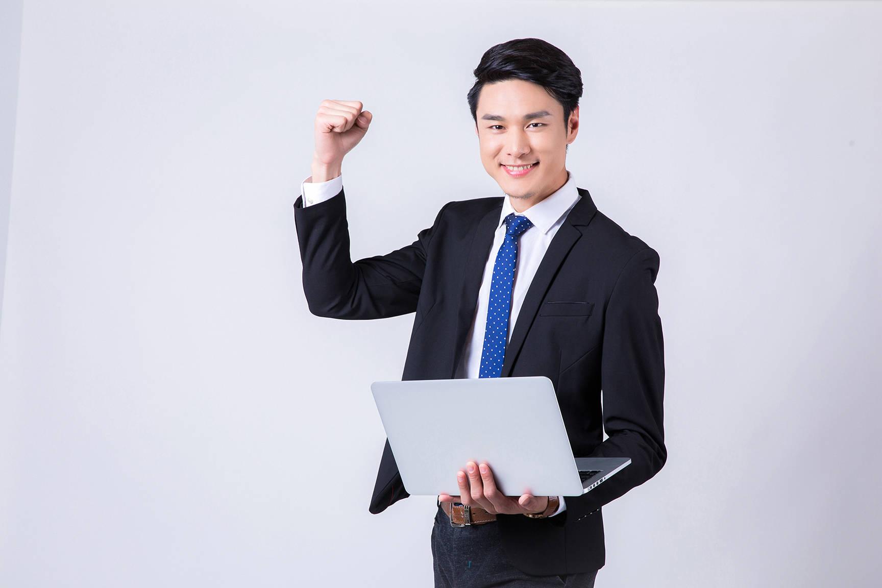 计算机六大热门工科专业 就业率高 人工连续上涨 大家抢着报道