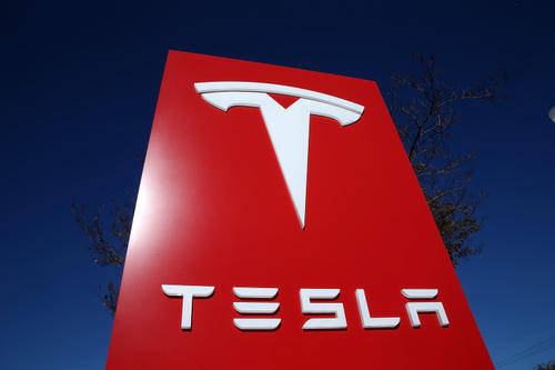 【最新测试:特斯拉电池可使普通电动汽车行驶超 350 万公里】