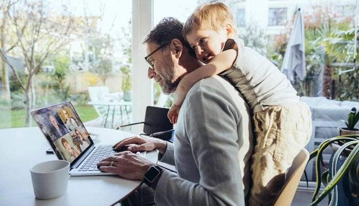 董登新:在美国疫情期间,在家工作更受欢迎