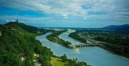 成都最北边的两个县级市,都江堰和彭州谁更有潜力呢?
