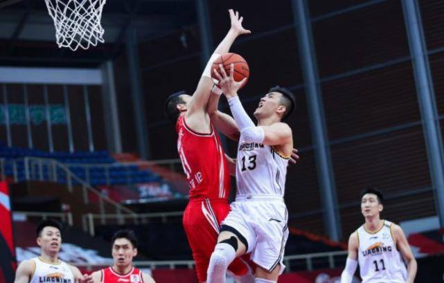 辽宁男篮打出团队篮球,杨鸣功不可没