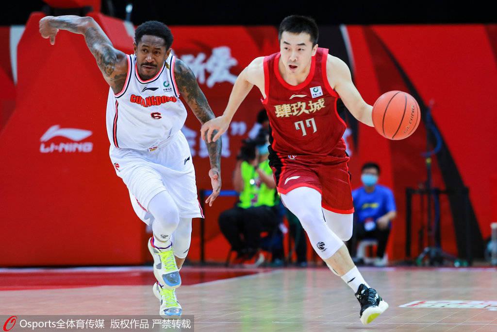 CBA公司公布对王骁辉处罚 共停赛两场罚款5万