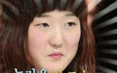 世界上最小的嘴在韩国,打破了吉尼斯纪录,吃东西都费劲