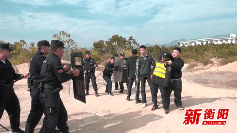 """""""歹徒""""意图损毁铁路……衡山县开展反恐应急处突综合演练"""