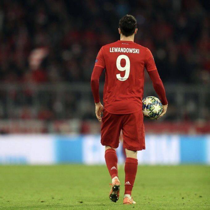 国际足联官方宣告,将会在12月17日颁布奖项