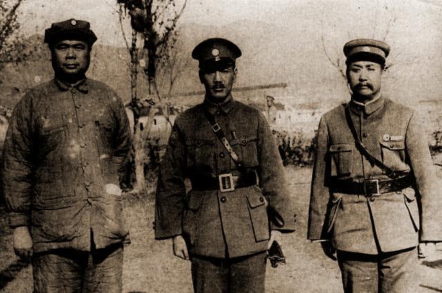 原创   肖劲光:黎川失守,受彭德怀保护,旱鸭子却被毛泽东钦点海军司令    第2张