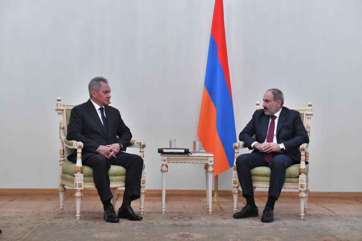 接连访问亚美尼亚、阿塞拜疆,绍伊古受普京所托,巩固停战成果