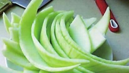 水果吃完皮都白白扔掉了,3种果皮功效多多,你需要了解下