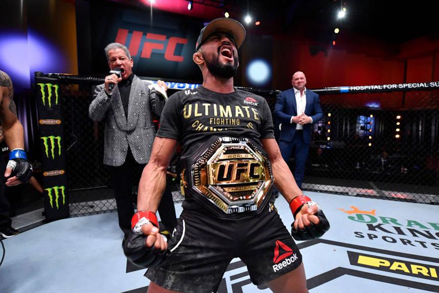 UFC255综述:菲格雷多、舍甫琴科双双成功卫冕