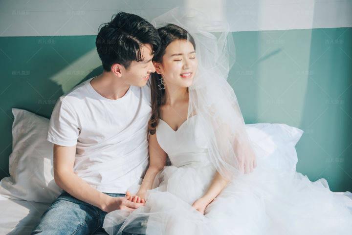 拍婚纱照什么时候是淡季 婚纱照拍摄淡季旺季有哪些特点_新人