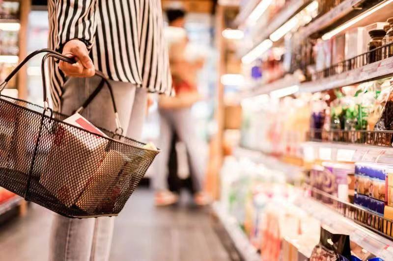 """原创 """"投入不设上限""""的社区团购,会消灭菜市场吗?"""
