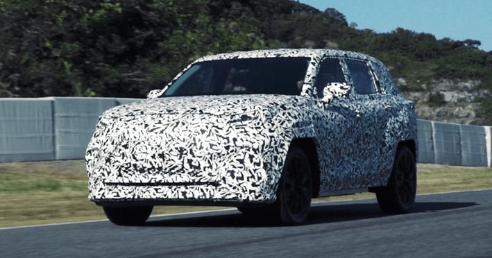 原丰田被进一步纯电气化,雷克萨斯EV车型提前发布,路试谍照曝光