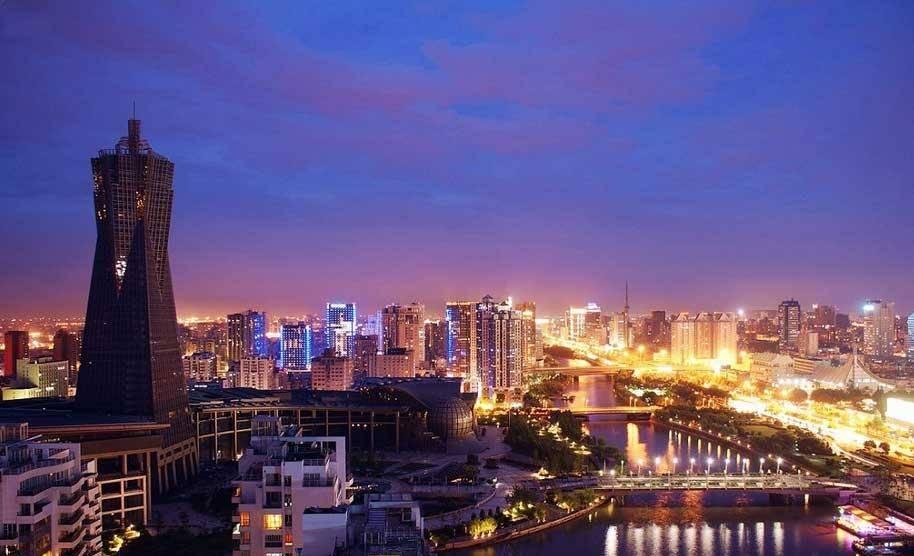 北京将来经济总量能超过上海吗_不畏将来不念过往图片