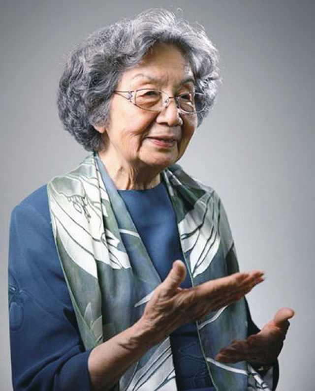 赵忠祥爆料范曾吃饭从来不管客人,范曾:80岁前每天5点起床读书