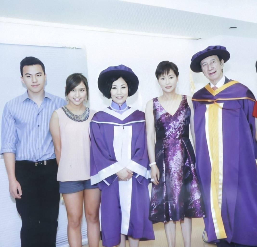 都说赌王何鸿燊四位太太很美,现在就让大家一窥她们的芳容