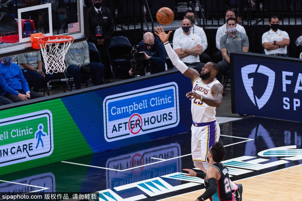 2020-21赛季NBA常规赛继续进行,湖人队在客场应战灰熊队