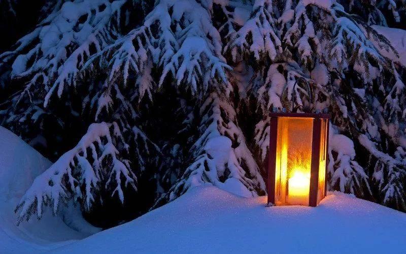 【诗词鉴赏】下雪的夜晚静谧而美好,十首雪夜的诗词,梦幻得像童话世界!