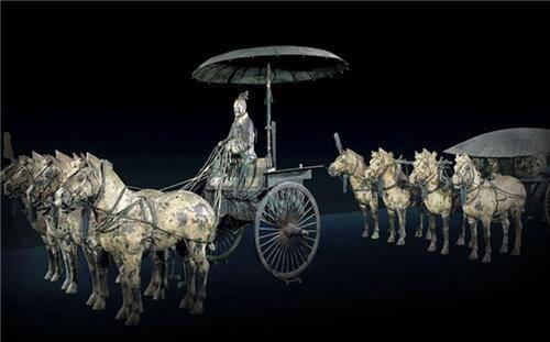 秦始皇陵铜车马,先进技术无法还原,最感叹的当属车上那把伞