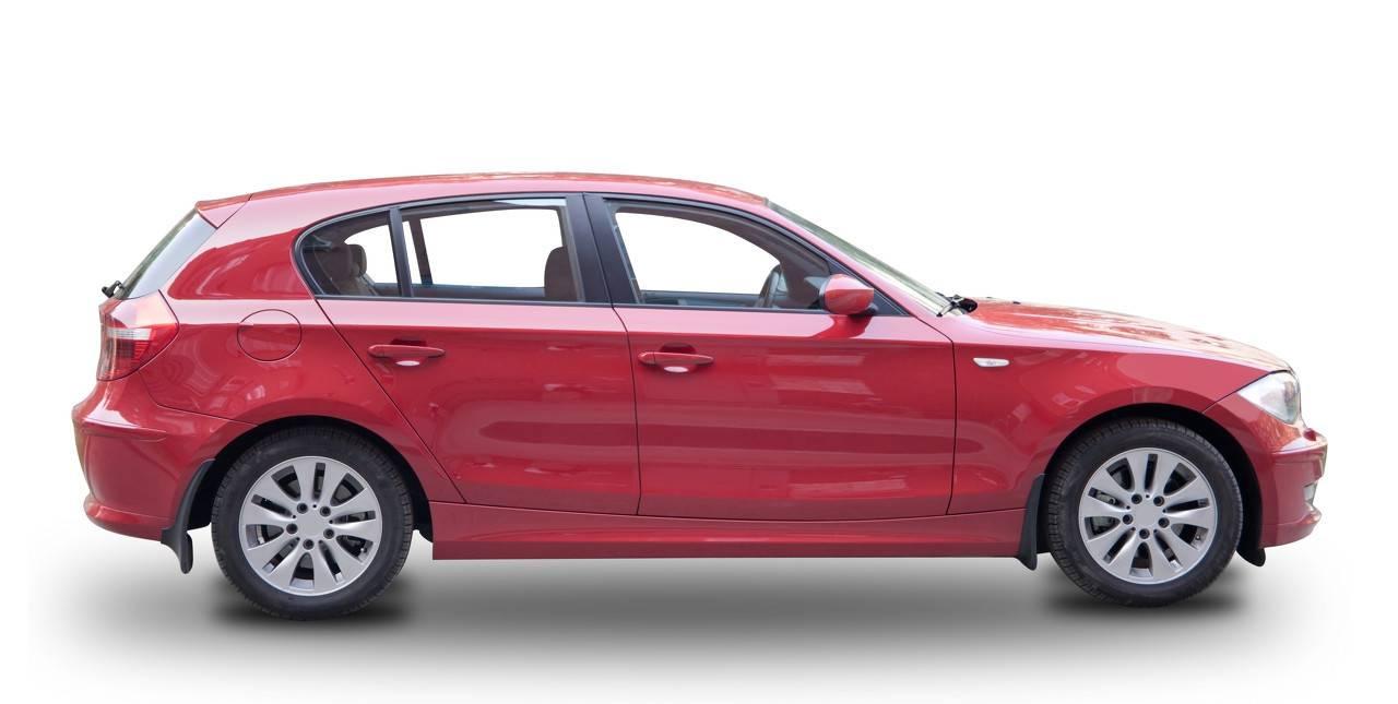 原车整车是进口的,配置比奔驰e豪华,控制了宝马5系之后,销量为什么持平?