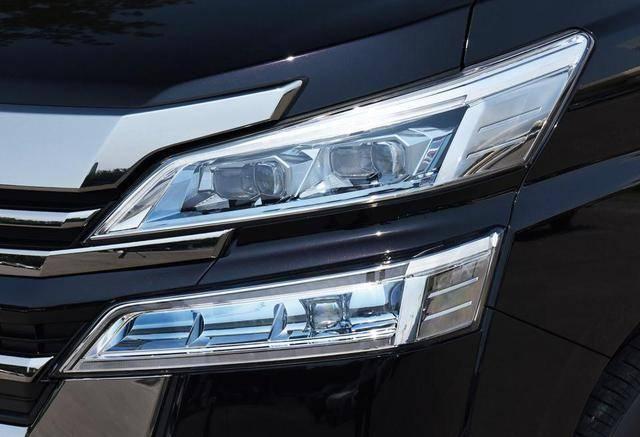 原厂二汽的孪生兄弟比奔驰V级更霸气,四驱国六标油耗只有7.1L