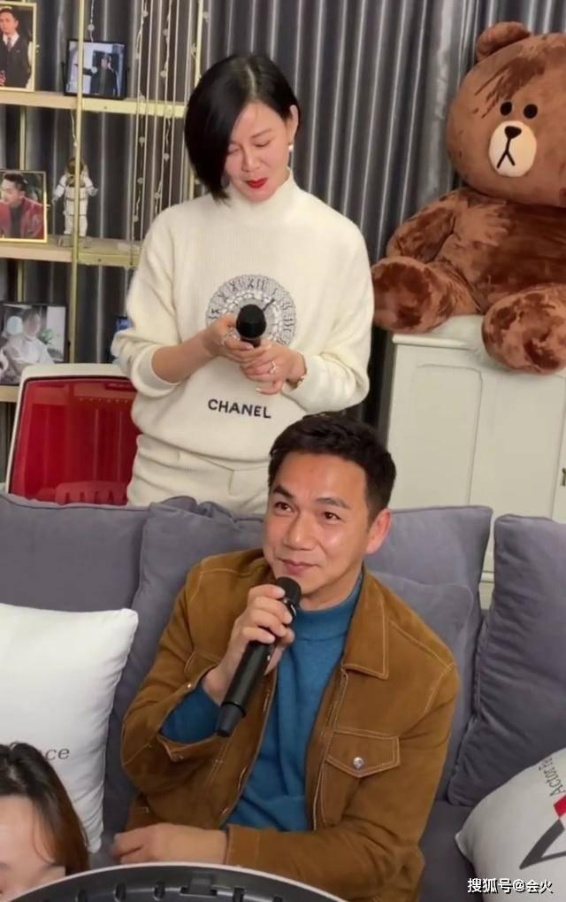 """56岁骆达华不避嫌,公开称女儿为""""女朋友"""",爱女美貌不输明星  第4张"""