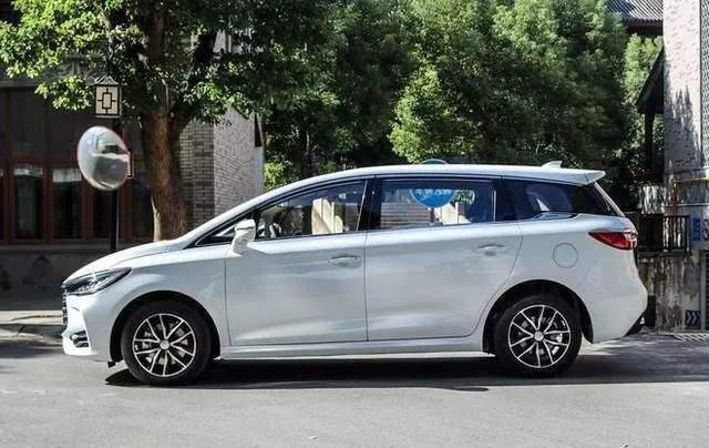 自主重磅新车预告,比亚迪造最速MPV,吉利推换壳XC90?