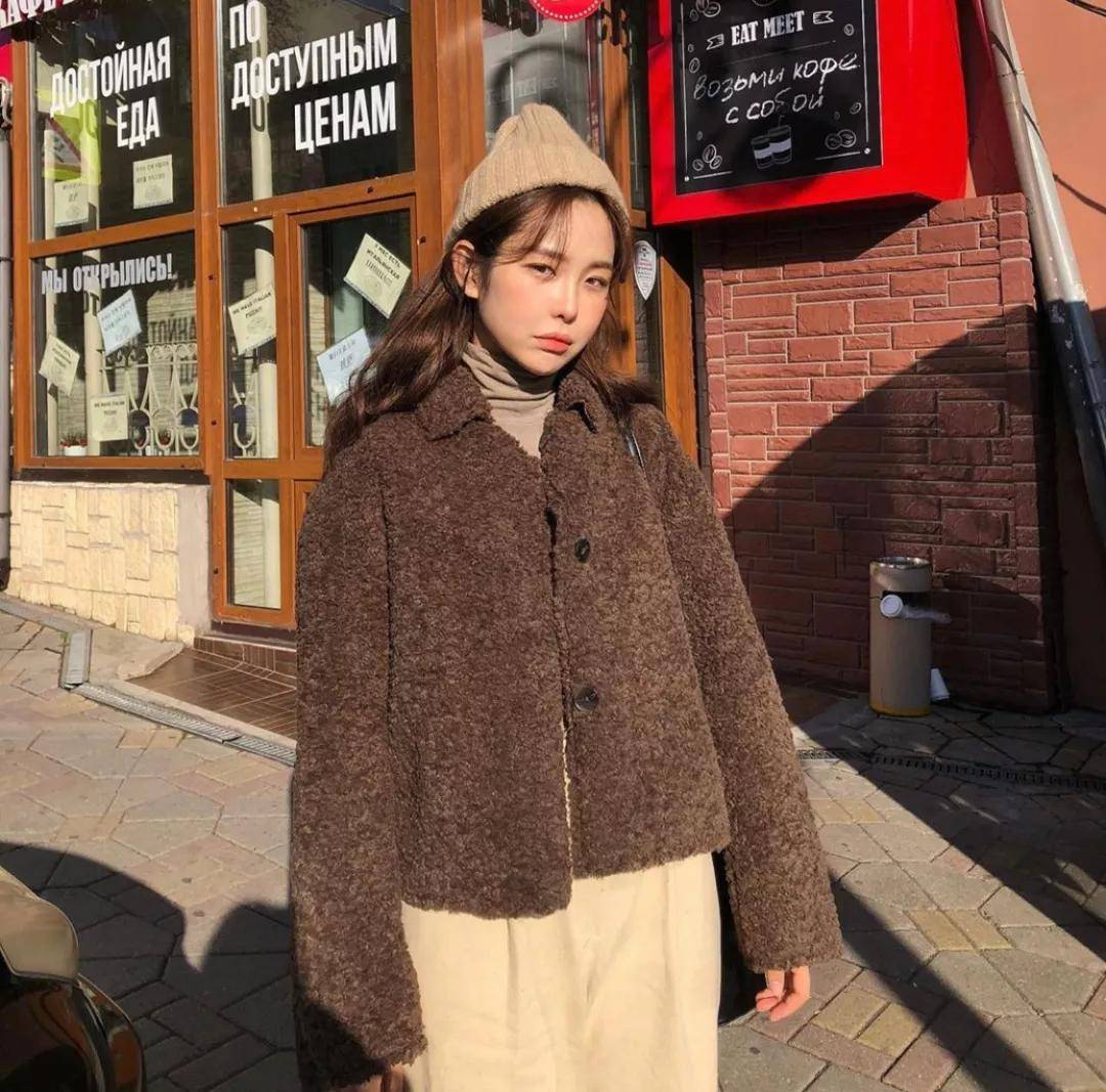 冬季绝美内搭合集!毛衣、卫衣、针织马甲+长裙...随便穿都好看!