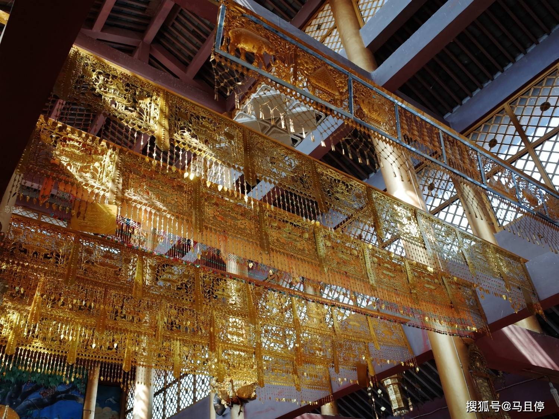 """云南仿若""""泰国""""的小城,距离腾冲2.5小时车程,藏有一座特色寺院"""