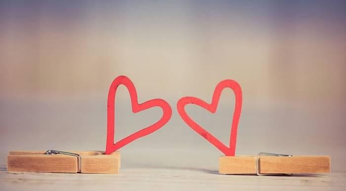 有这五大特征的人最容易发生异地恋