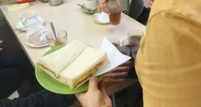 澳门土著超爱的茶餐厅,三十年屹立不倒,如今却一座难求!