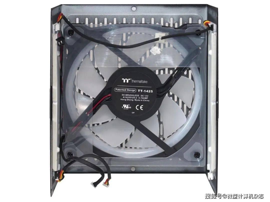 原创             内外兼修,Tt ToughPower PF1 ARGB 1050W电源