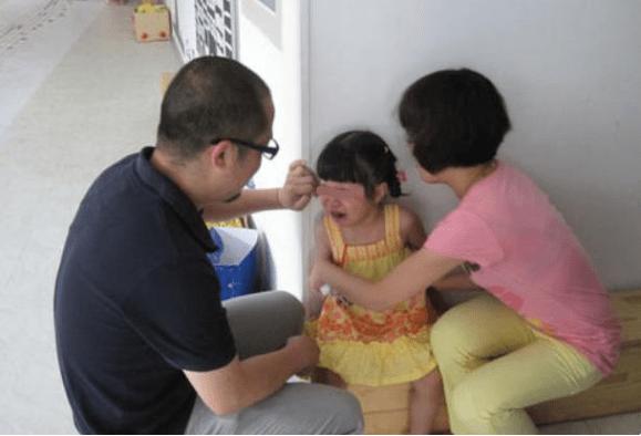 孩子身上若缺少这4种能力,上幼儿园就是受苦,父母别不放在心上