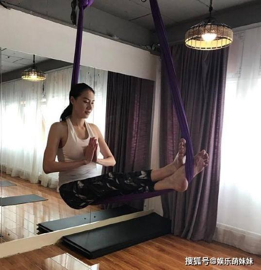 带你看看林丹的豪宅:厨房面积非常大,家里还装修有独立健身房