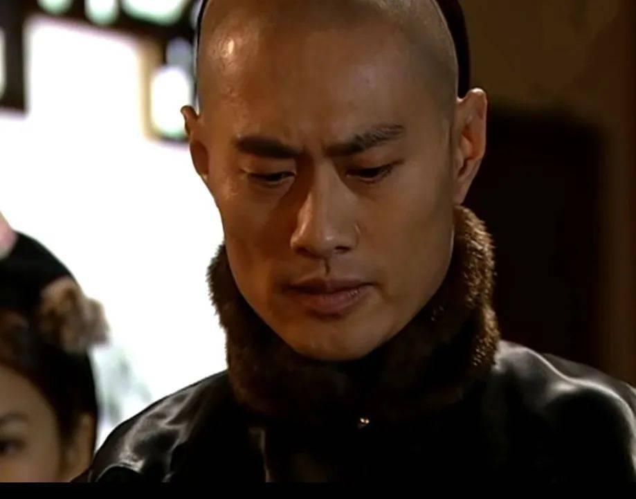 越老越有型!57岁前TVB男星黄德斌重回观众视野,40岁才有代表作  第4张