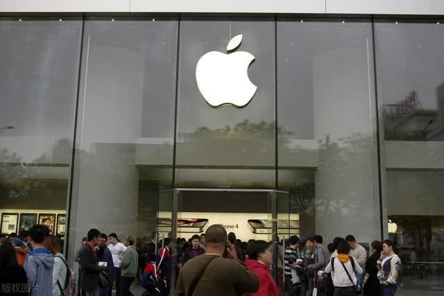 """苹果""""扼杀""""第三方配件再度升级,今后手机坏了可能""""修不起"""""""