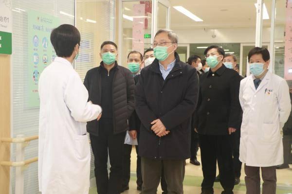 江苏省退伍军人事务厅副厅长徐伟一行来苏州科技镇医院调研指导