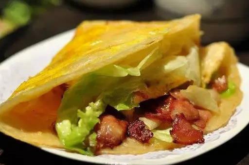 精选美食推荐,早餐饼营养汤下饭菜一应俱全,得心应手做大餐