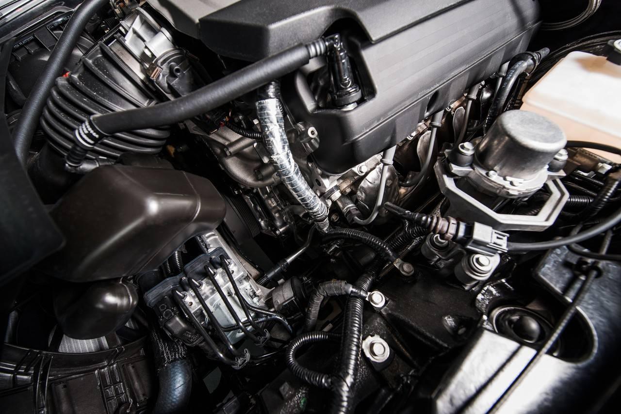 原宝骏还有另一款黑马汉腾X5,内饰比Zotye更豪华。还买了宝骏510