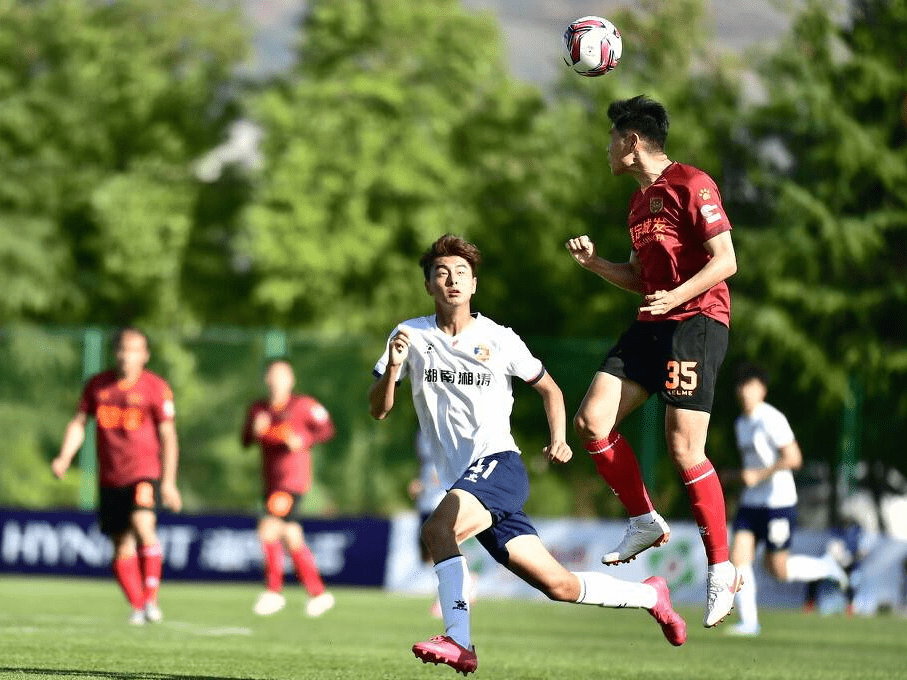 上海布鲁斯新青年足球俱乐部_现代青年俱乐部_布鲁斯俱乐部