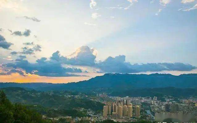 渝东南gdp_秀山GDP居渝东南片区第一,超第二名黔江50亿
