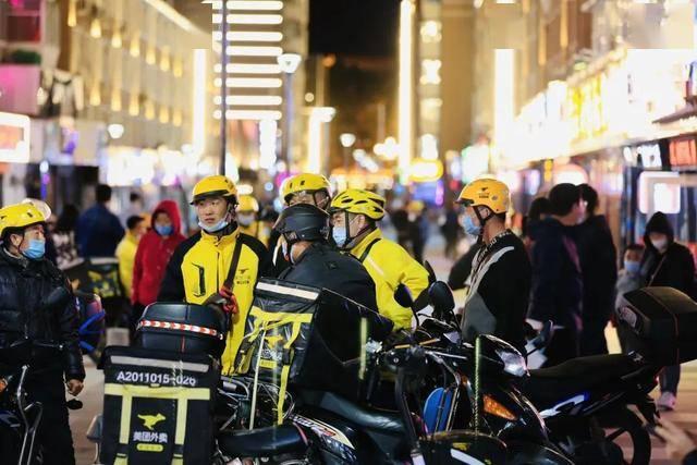 桂林胡同美食街今天开街,531米178家店,吃货攻略来啦!