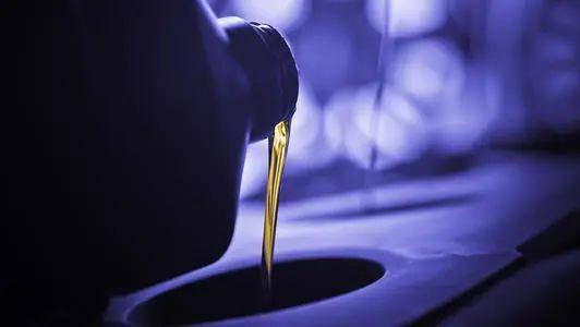 热点评论|美驾车季也无力拯救汽油需求