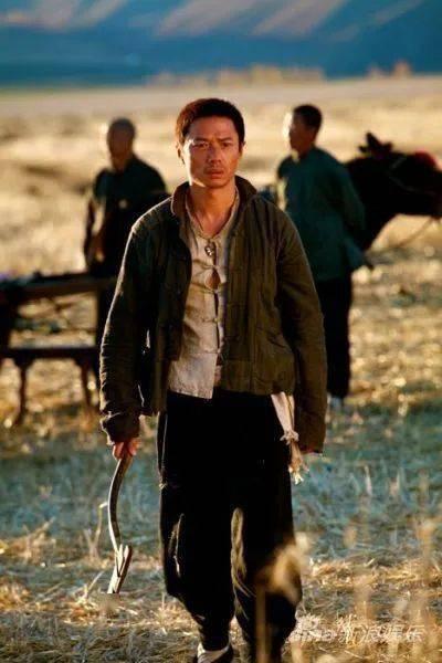 有一种帅叫段奕宏,荷尔蒙爆表的他有几个人顶得住? 动作教学 第16张