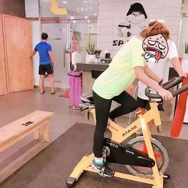从156斤减到90斤,她用一年经历告诉我们:每个胖子瘦下来都是潜力股!_Hyun 高级健身 第14张