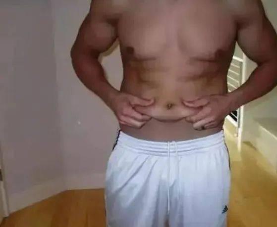 从肌肉男到死胖子,再从死胖子到肌肉男!看完你就知道减肥有多难了! 中级健身 第6张