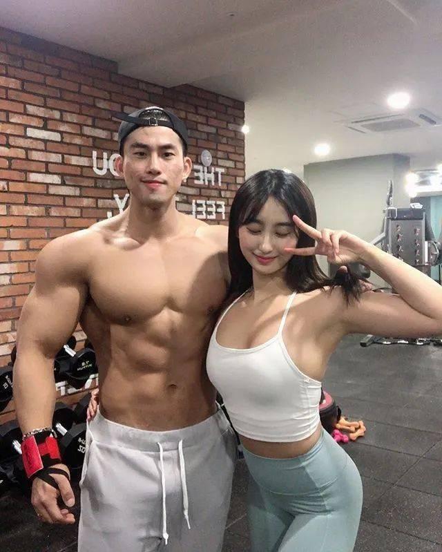 找个有肌肉的男朋友后,有多爽? 锻炼方法 第2张