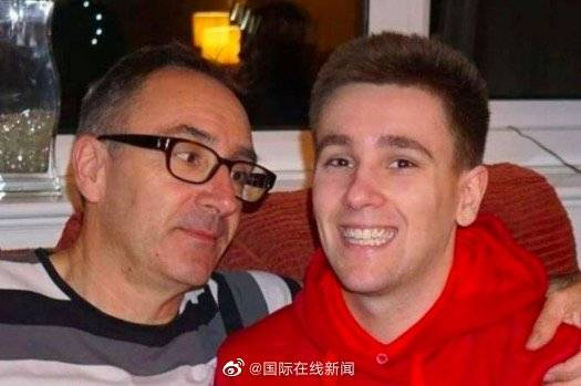 英国24岁男子沉迷打游戏引发血栓猝死