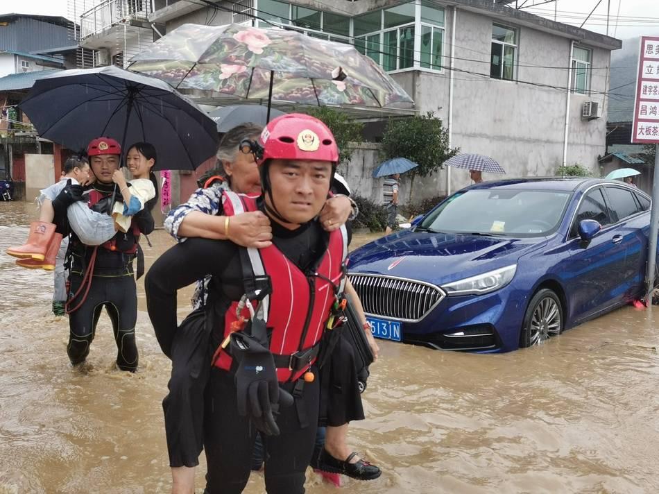 受暴雨影响,福建武夷山景区全面闭园、城区局部停水